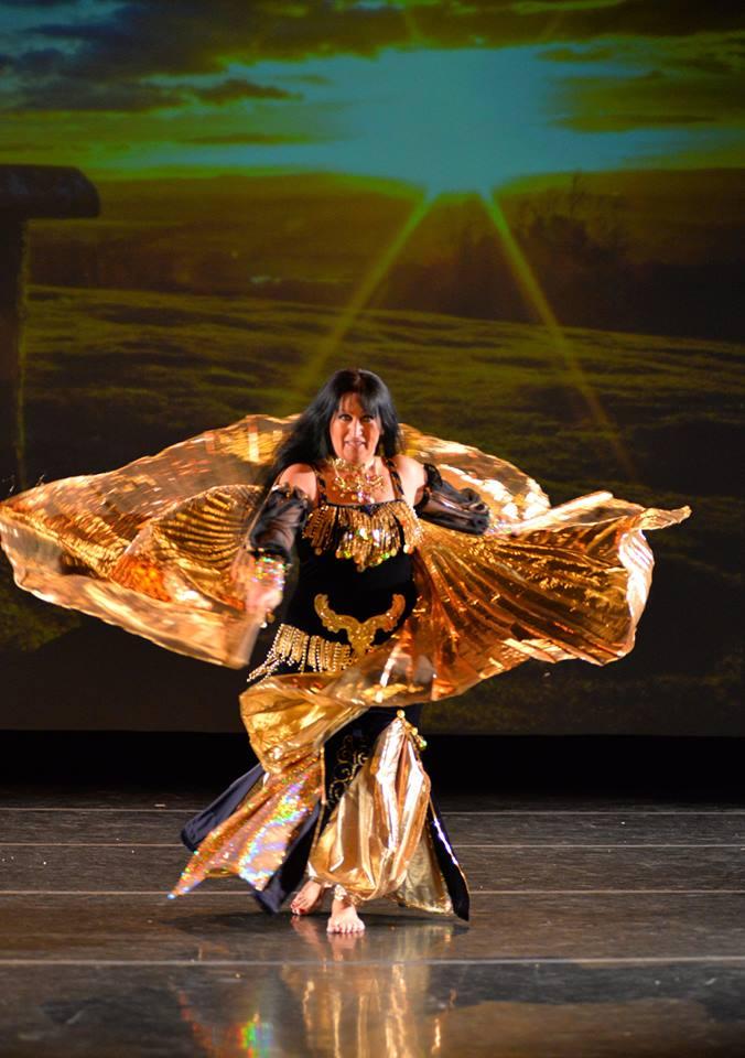 Danse Baladi et Hawaïenne